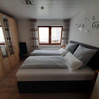 Ferienwohnung Waldblick Schlafzimmer