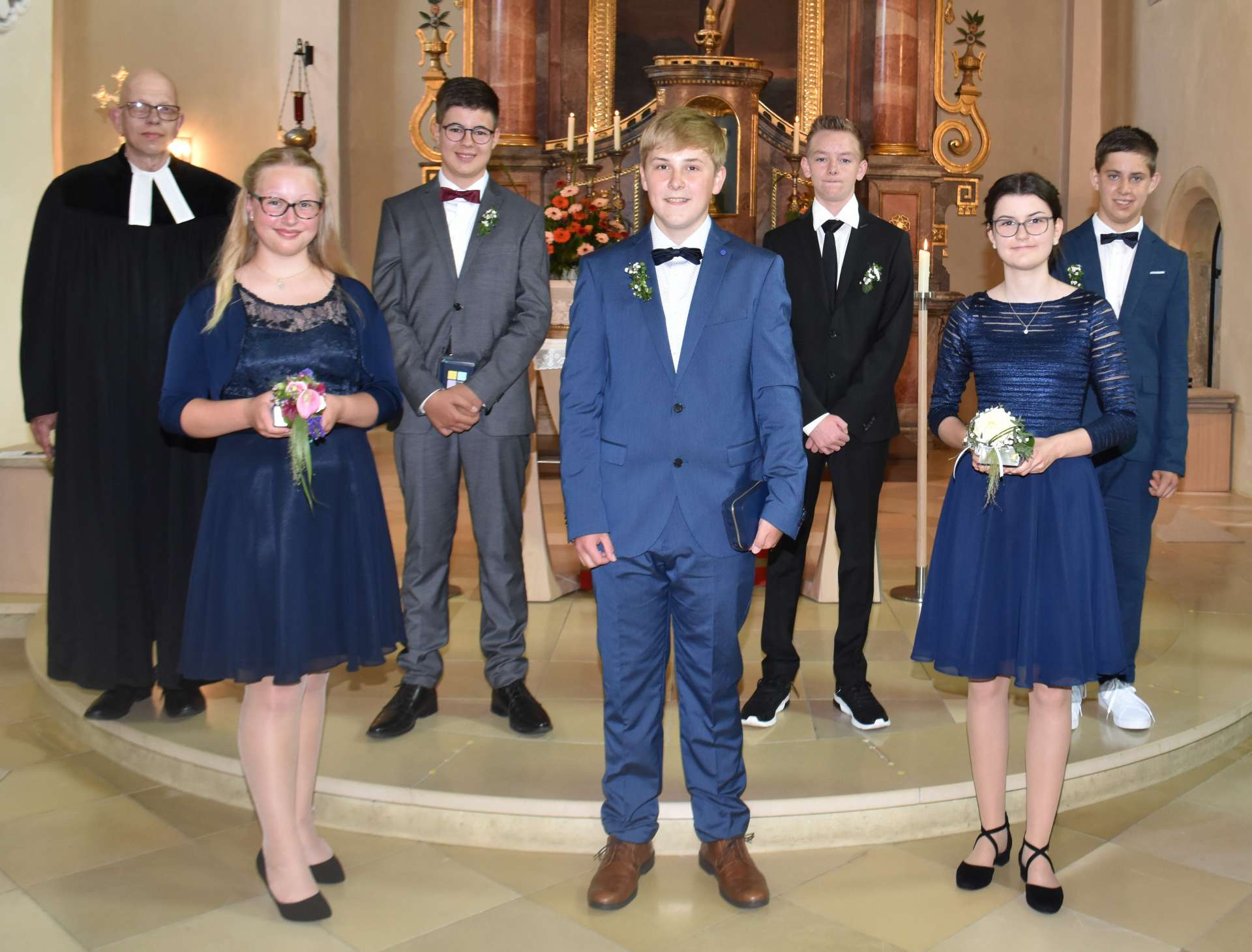 2021 kleider konfirmation Evangelische Kirchengemeinde
